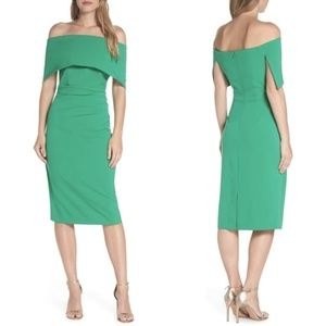 Vince Camuto Dresses - VINCE CAMUTO Green Popover Dress 10
